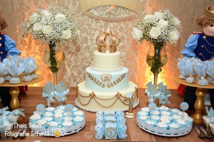 King + Prince themed birthday party via Kara's Party Ideas  Cake ...