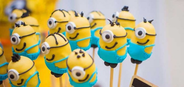 Minion themed birthday party with Lots of Cute Ideas via Kara's Party Ideas! Full of decorating tips, cake, cupcakes, games, favors, printables, and MORE! #minionparty #despicablemeparty #minions #partydecor #partyideas #partyplanning (1)