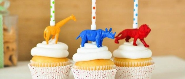 DIY animal candle cake cupcake toppers via Kara Allen | Kara's Party Ideas KarasPartyIdeas.com Giraffe, Lion, Rhino! Jungle Animal party ideas!