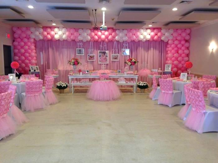 Kara 39 s party ideas ballerina birthday party via kara 39 s for Ballerina decoration
