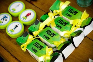 Ben 10 themed birthday party with Lots of Really Fun Ideas via Kara's Party Ideas! Full of decorating ideas, cakes, cupcakes, favors, printables, desserts, and MORE! #ben10 #benten #cartoonnetwork #partydecor #partystyling #eventplannign #partyplanner (11)