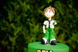 Ben 10 themed birthday party with Lots of Really Fun Ideas via Kara's Party Ideas! Full of decorating ideas, cakes, cupcakes, favors, printables, desserts, and MORE! #ben10 #benten #cartoonnetwork #partydecor #partystyling #eventplannign #partyplanner (4)