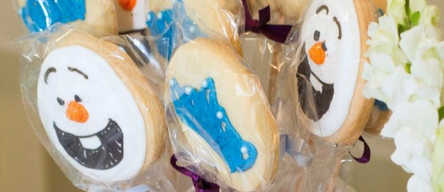 frozen themed birthday party cookie pops via Kara's Party Ideas KarasPartyIdeas.com