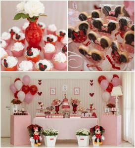 Minnie Mouse themed birthday party via Kara's Party Ideas KarasPartyIdeas.com | Favors, games, cakes, printables, and more! #minniemouse #minniemouseparty #girlyparty #partyideas #parytdecor (2)