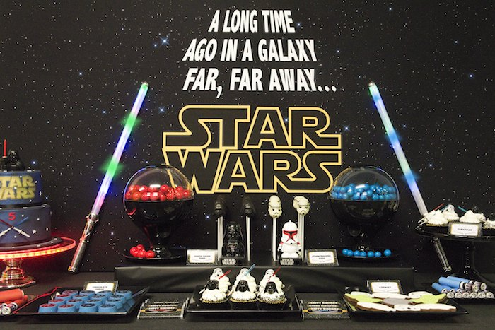 Star Wars Themed Birthday Party Via Karas Ideas Full Of Decorating Favors