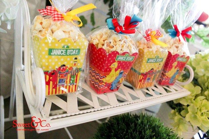 Adorable Sesame Street Themed Birthday Party Via Karas Ideas KarasPartyIdeas Printables Cake