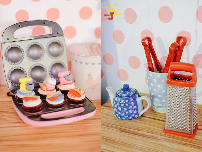 Kara 39 s party ideas retro kitchen diner themed birthday for Cupcake themed kitchen ideas