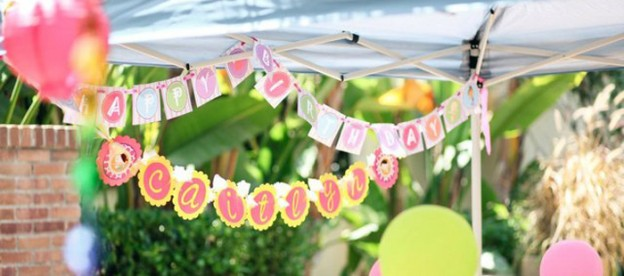 Hawaiian Luau fourth birthday party via Kara's Party Ideas KarasPartyIdeas #hawaiianluau #luau Printables, cake, cupcakes, favors, etc! (2)