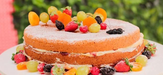 Picnic themed 1st birthday party via Kara's Party Ideas KarasPartyIdeas.com Cake, decor, cupcakes, printables, recipes, games, and more! #picnic #picnicparty (1)