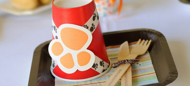 Puppy themed birthday party via Kara's Party Ideas KarasPartyIdeas.com Cakes, favors, printables, games, and more! #puppyparty #karaspartyideas (2)