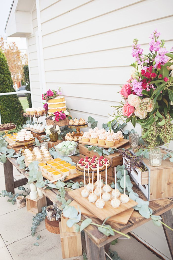 Kara 39 s party ideas rustic bridal shower via kara 39 s party for Wedding party ideas