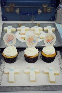 Vintage Christening + Baby Blessing Party via Kara' s Party Ideas KarasPartyIdeas.com Cakes, favors, cupcakes, games, and more! #vintageparty #babychristening #karaspartyideas (33)