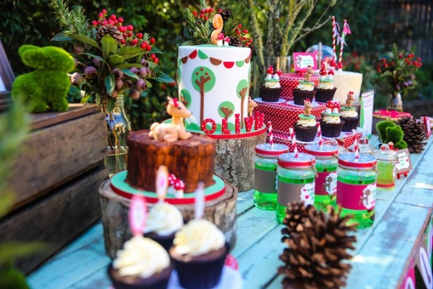 Woodland Themed Birthday Party via KarasPartyIdeas.com! #woodland #woodlandparty #partyideas #outdoorparty (29)