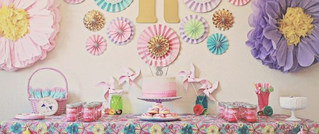 Vintage Kitten themed birthday party via Kara's Party Ideas KarasPartyIdeas.com Printables, favors, cake, cupcakes, decor, invitation, supplies, desserts, etc! #kittenparty #vintagekitten #kittyparty #springparty #karaspartyideas (2)