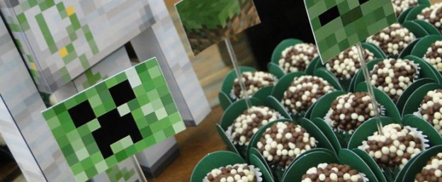 Minecraft themed birthday party via Kara's Party Ideas KarasPartyIdeas.com Favors, printables, cake, decor, recipes, games, and MORE! #minecraft #minecraftparty #creeper #enderman (2)