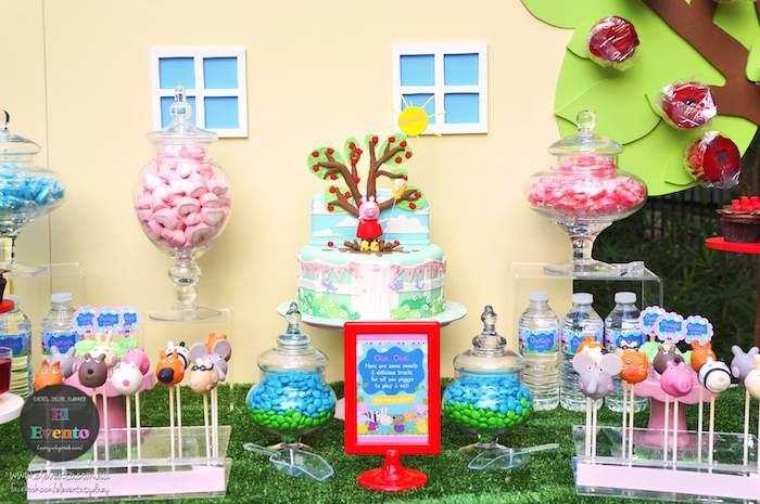 Kara 39 s party ideas peppa pig 3rd birthday party via kara 39 s for Backyard party decoration crossword