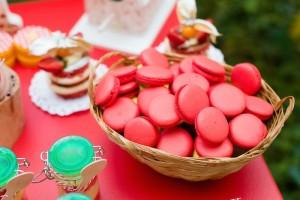 Picnic themed 1st birthday party via Kara's Party Ideas KarasPartyIdeas.com Printables, cake, invitation, desserts, favors, supplies, etc! #picnic #picnicparty (17)