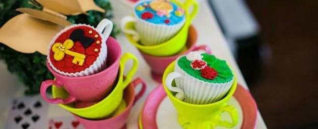 Alice in Wonderland 1st birthday party via Kara's Party Ideas KarasPartyIdeas.com Decor, supplies, cupcakes, cake, food, and more! #aliceinwonderland #aliceinwonderlandparty #1stbirthday #unbirthdayparty (1)