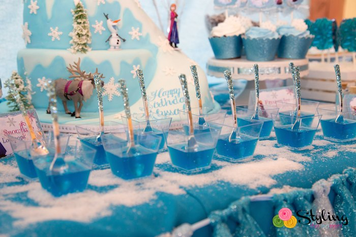 Karas Party Ideas Frozen Themed Snowball In Summer Birthday Party