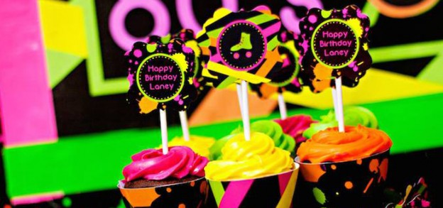 Neon 80's Skate themed birthday party via Kara's Party Ideas KarasPartyIdeas.com Decor, cake, invitation, banners, favors, recipes, and more! #neon #neonparty #glowinthedark #glowinthedarkparty #tweenparty #skateparty #80sparty (1)
