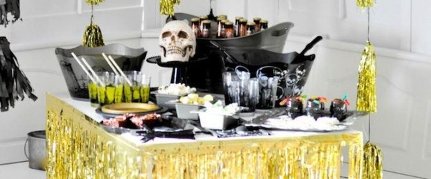 Halloween black + gold party by Kara Allen | Kara's Party Ideas using Party Peacock reusable party kits