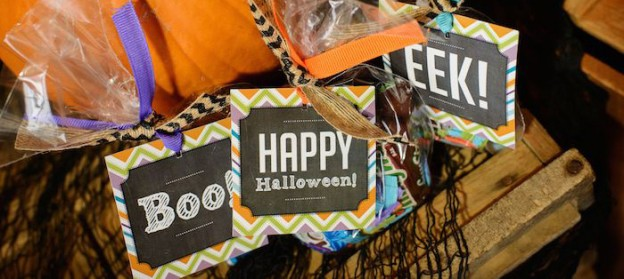 Halloween Chalkboard Party via Kara's Party Ideas KarasPartyIdeas.com Printables, decor, favors, desserts, banners, and more! #halloweenparty #halloweenpartyideas #halloweenprintables #chalkboardprintables (1)