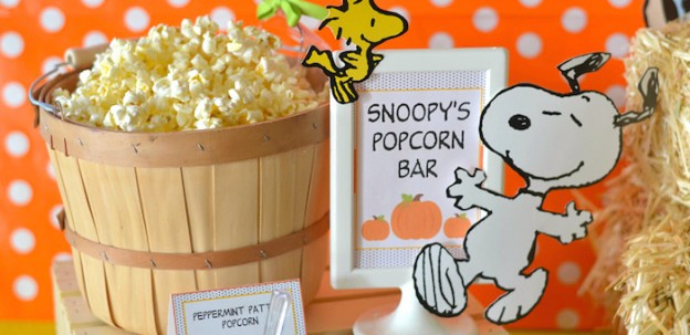 """It's the Great Pumpkin, Charlie Brown"" Halloween Party via Kara's Party Ideas KarasPartyIdeas.com Decor, printables, favors, food, desserts, and more! #halloweenparty #halloween #charliebrown #charliebrownparty #thegreatpumpkin #pumpkinparty (1)"