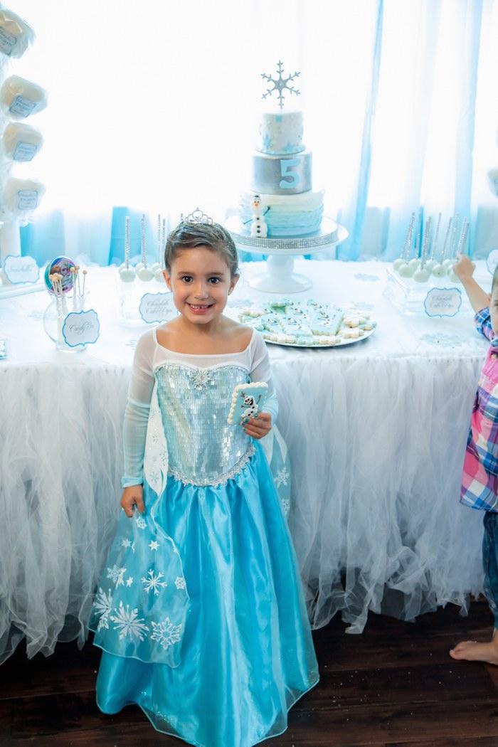 Frozen Themed 5th Birthday Party Via Karas Ideas KarasPartyIdeas Cake Banners