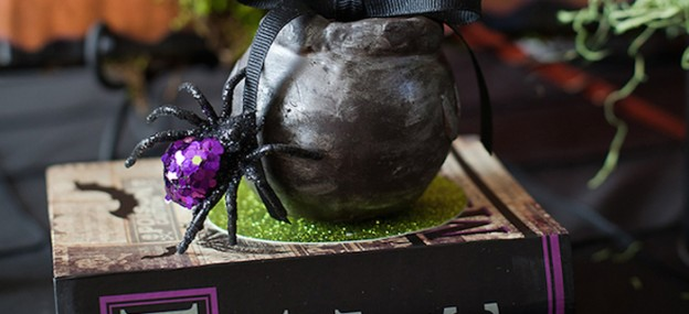 Little Witches and Wizards Halloween Party via Kara's Party Ideas KarasPartyIdeas.com Cake, favors, cupcakes, printables, supplies, and more! #halloweenparty #witchparty #wizardparty #halloweenpartyideas #halloween #halloweendesserts (1)