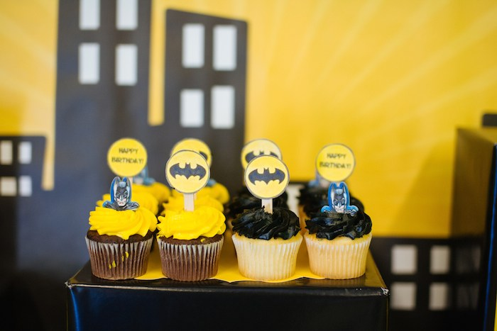 Kara's Party Ideas » Batman themed birthday party via Kara ...