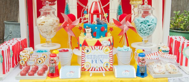 Circus themed birthday party via Kara's Party Ideas KarasPartyIdeas.com Stationery, cake, decorations, banners, food, and more! #circus #circusparty #circuscake (2)