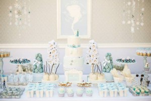 Frozen Winter Wonderland Birthday Party via Kara's Party Ideas KarasPartyIdeas.com Cake, printables, desserts, favors, food, and more! #frozen #frozenparty #winterwonderland #winterwonderlandparty #winterpartyideas (18)