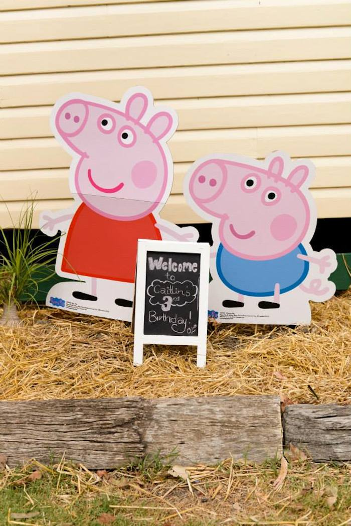 Kara\'s Party Ideas Peppa Pig Princess themed birthday party via ...