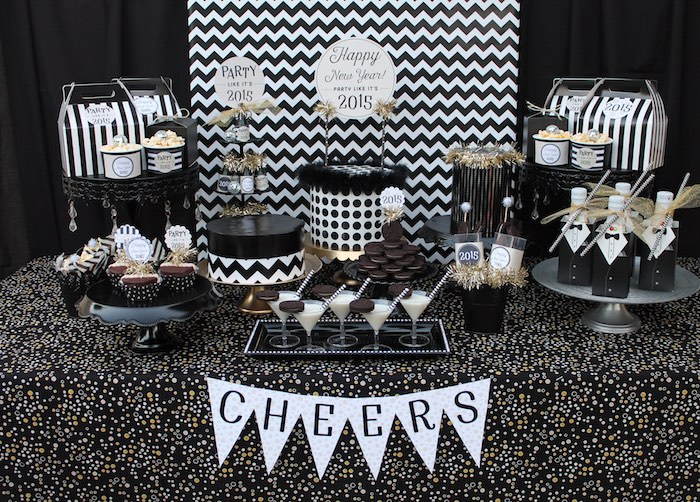 Kara 39 s party ideas black white new year 39 s eve party via - Black silver and white party decorations ...