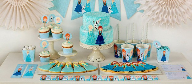 Frozen Birthday Party + Printables via Kara's Party Ideas KarasPartyIdeas.com The Place for All Things Party! #frozen #frozenparty #frozenpartyideas #freeprintables #frozenprintables (1)