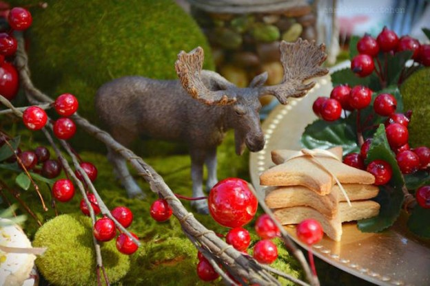 Rustic Vintage Woodland Party via Kara's Party Ideas .com #Woodland #RusticWoodland #RusticVintage #ChristmasParty #RusticChristmas #PartyIdeas (2)