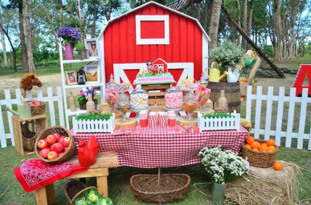 Chic Barnyard Birthday Party Via Karas Ideas KarasPartyIdeas Supplies Tutorials