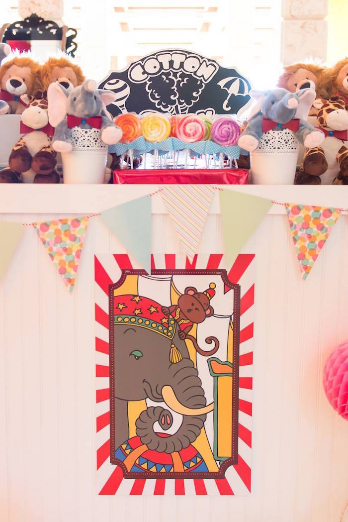 Greatest Showman Inspired Circus + Carnival Birthday Party via Kara's Party Ideas KarasPartyIdeas.com Party supplies, cake, tutorials, giveaways, food and more! #circus #circusparty #carnival #carnivalparty #circuscake #circuspartysupplies #genderneutral #genderneutralparty #karaspartyideas (17)