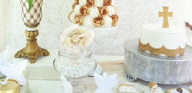 White + Gold Baptism Party via Kara's Party Ideas KarasPartyIdeas.com #baptism #baptismparty #baptismdesserttable (1)
