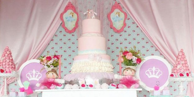 Ballerina themed birthday party via Kara's Party Ideas KarasPartyIdeas.com | The Place For All Things Party! #ballerinaparty (1)