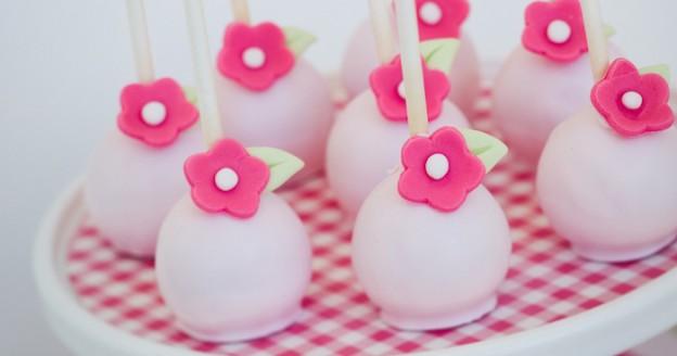 Bloom Where You're Planted Flower Garden Party via Kara's Party Ideas KarasPartyIdeas.com #bloominggardenparty (1)