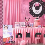 Minnie Mouse themed birthday party via Kara's Party Ideas KarasPartyIdeas.com #minniemouseparty (1)