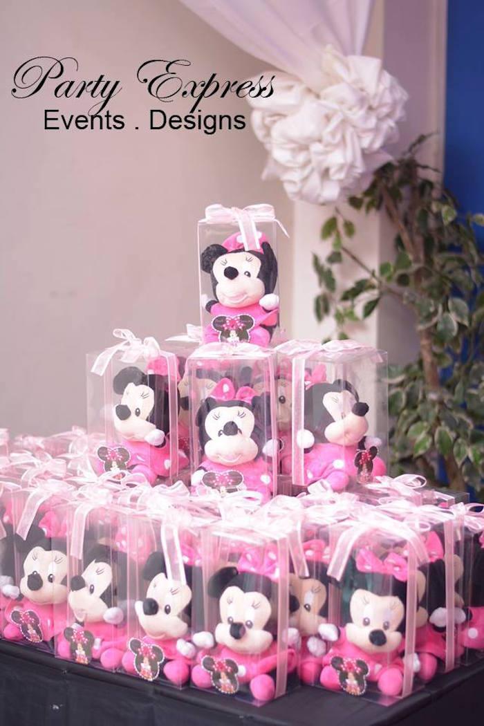 Kara S Party Ideas Minnie Mouse Themed Birthday Party Via