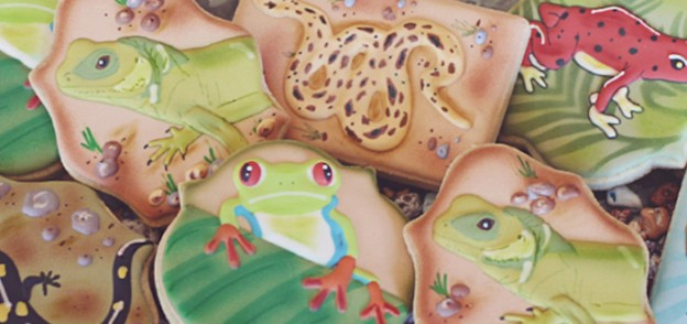 Reptiles & Amphibians themed birthday party via Kara's Party Ideas KarasPartyIdeas.com Party supplies, cake, favors, desserts, banners and more! #reptiles&amphibiansparty (2)
