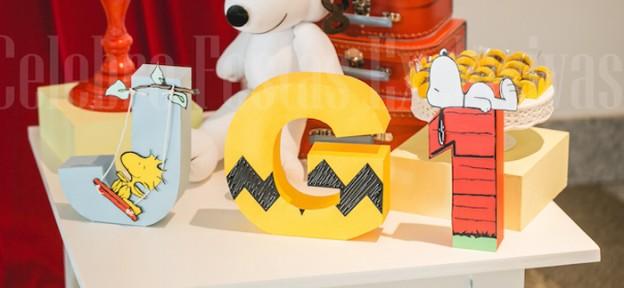Snoopy themed birthday party via Kara's Party Ideas KarasPartyIdeas.com #snoopyparty (2)