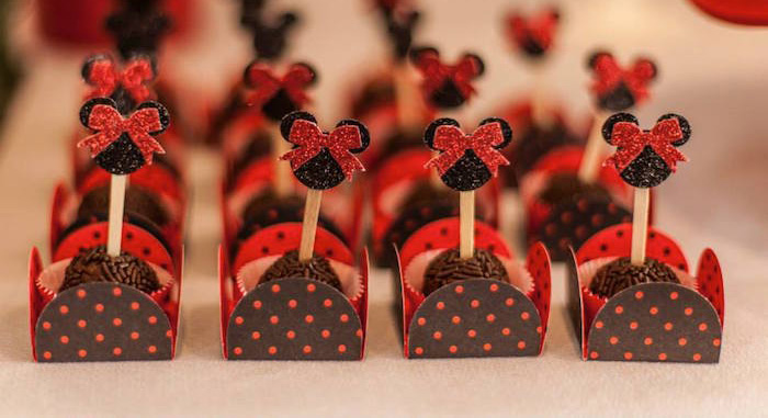 Kara S Party Ideas Minnie Mouse First Birthday Party