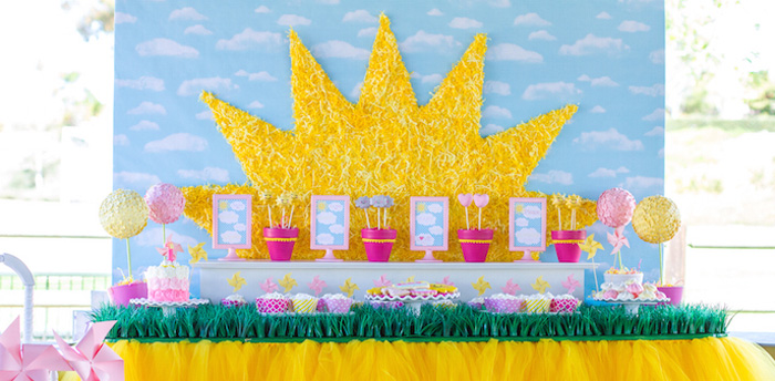 Kara S Party Ideas You Are My Sunshine Themed Birthday Party