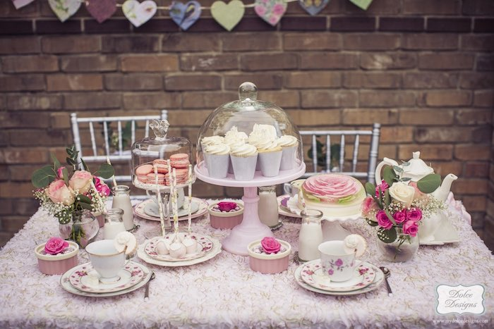 Kara 39 s party ideas romantic tea party via kara 39 s party for 13 ka table