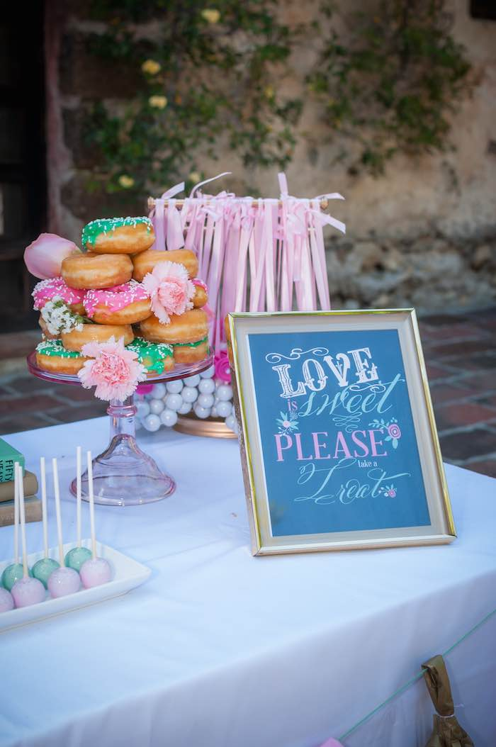 Favors Shabby Chic Book Themed Bridal Shower Via Kara S Party Ideas Full Of Cly Bachelorette
