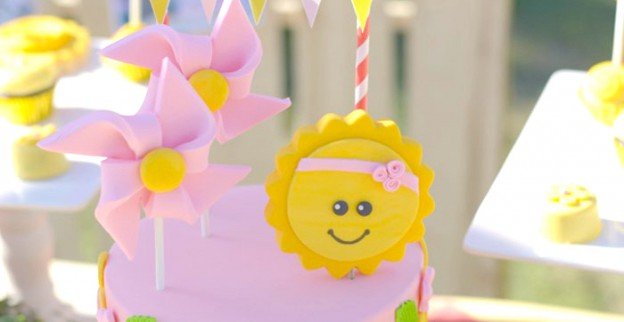Summer + Sunshine Birthday Party via Kara's Party Ideas | KarasPartyIdeas.com (3)
